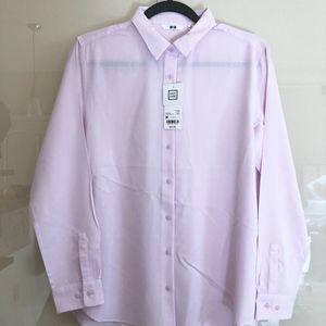 UNIQLO easy care lilac rayon blouse/shirt, sz M